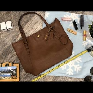 Coach brown leather tote!